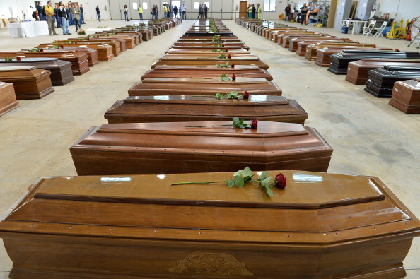 Coffin「Hundreds Of African Migrants Feared Dead Off The Coastline Of Lampedusa」:写真・画像(4)[壁紙.com]
