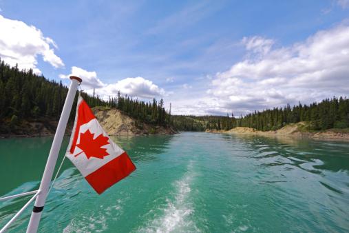 Yukon「Yukon River Boat Tour」:スマホ壁紙(17)