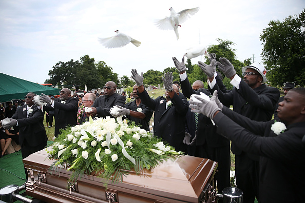 Charleston - South Carolina「First Of Charleston Church Shooting Victims Laid To Rest」:写真・画像(14)[壁紙.com]