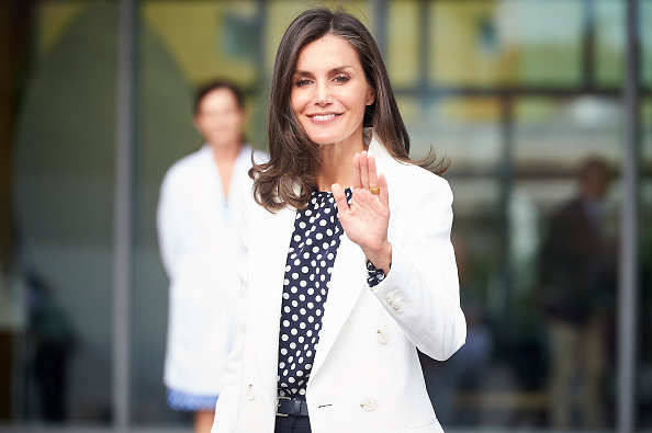 Letizia of Spain「Personalities Visit King Juan Carlos At Hospital」:写真・画像(4)[壁紙.com]
