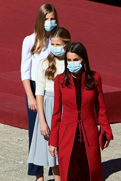Spanish Royalty「Spanish Royals Attend The National Day Military Parade」:写真・画像(17)[壁紙.com]