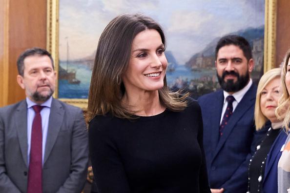 ヒューマンインタレスト「Queen Letizia Of Spain Attend Audiences At Zarzuela Palace」:写真・画像(8)[壁紙.com]