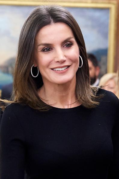 ヒューマンインタレスト「Queen Letizia Of Spain Attend Audiences At Zarzuela Palace」:写真・画像(9)[壁紙.com]