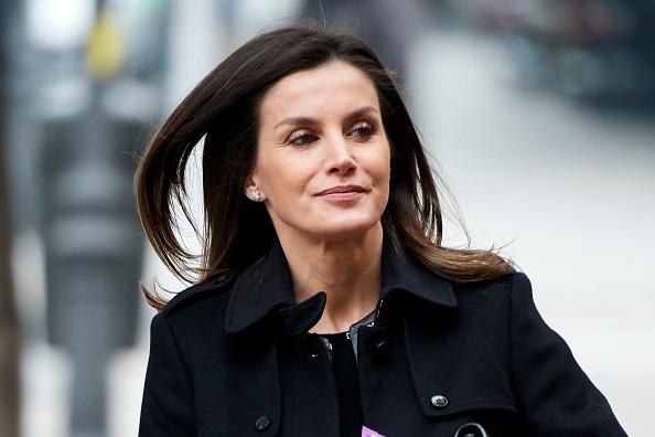 ヒューマンインタレスト「Queen Letizia Of Spain Arrives At FEDER Meeting」:写真・画像(19)[壁紙.com]