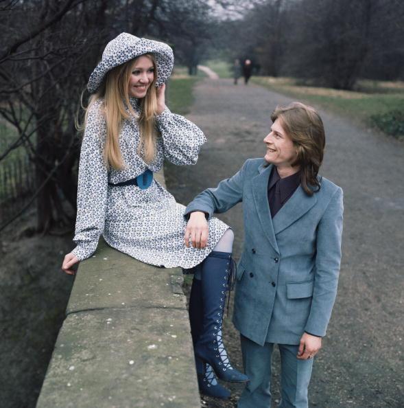 Heterosexual Couple「Autumn Fashions」:写真・画像(12)[壁紙.com]