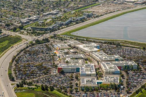 Silicon Valley「Facebook Headquarters」:スマホ壁紙(18)