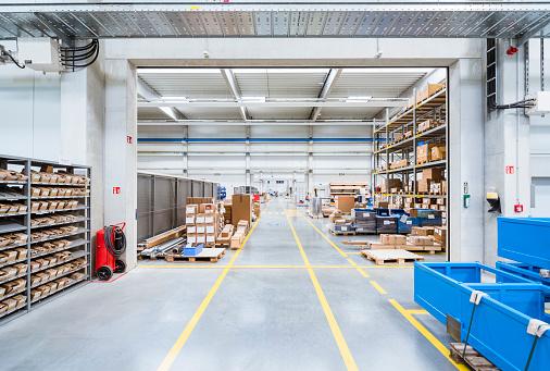 Industry「Warehouse in factory」:スマホ壁紙(12)