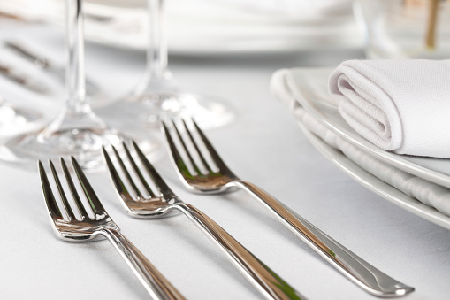 Place Setting「A sterling three course fork setting 」:スマホ壁紙(17)