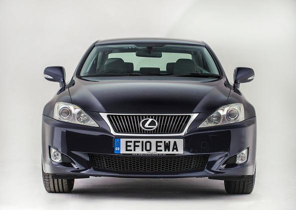 Finance and Economy「2010 Lexus Is 220.」:写真・画像(1)[壁紙.com]
