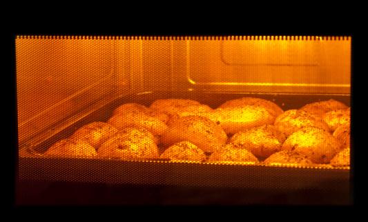 Baked Potato「Baking potatoes」:スマホ壁紙(6)