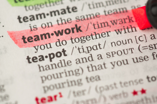 Underline「Teamwork definition highlighted in red」:スマホ壁紙(4)