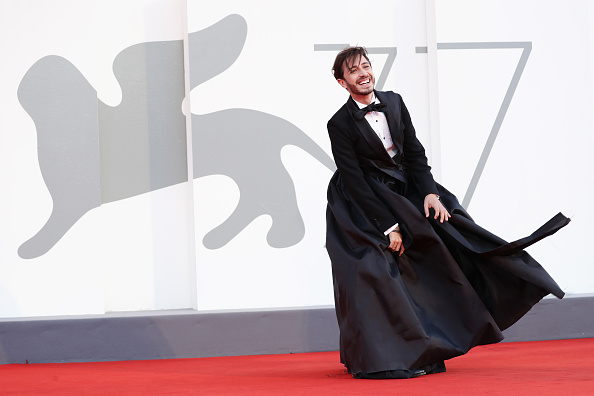 "Venice International Film Festival「""Le Sorelle Macaluso"" Red Carpet - The 77th Venice Film Festival」:写真・画像(12)[壁紙.com]"