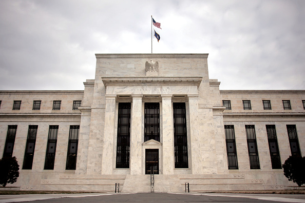 Central Bank「Federal Reserve Lowers Key Rate By Three Quarters Of A Point」:写真・画像(4)[壁紙.com]