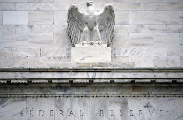 Bank - Financial Building「Federal Reserve Lowers Key Rate By Three Quarters Of A Point」:写真・画像(2)[壁紙.com]
