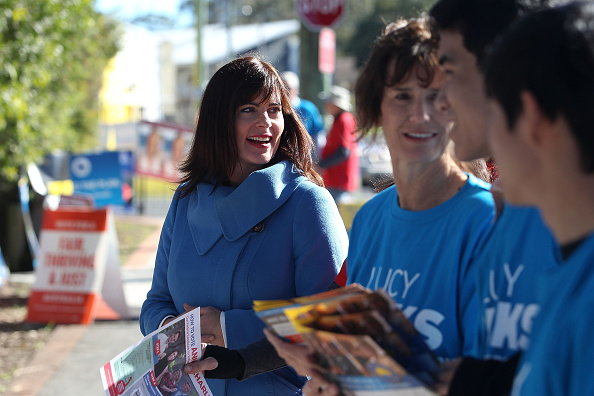 Tony Feder「Australians Head To The Polls To Vote In 2016 Federal Election」:写真・画像(2)[壁紙.com]