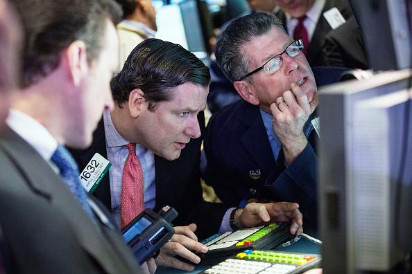 Andrew Burton「Hilton Begins Trading On New York Stock Exchange」:写真・画像(12)[壁紙.com]