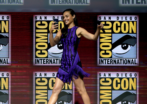 Comic con「Comic-Con International 2018 - Warner Bros. Theatrical Panel」:写真・画像(2)[壁紙.com]