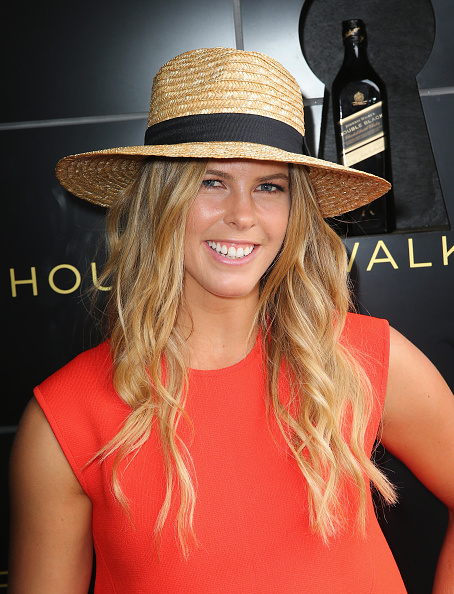 Wooden Post「Celebrities Attend Stakes Day」:写真・画像(16)[壁紙.com]