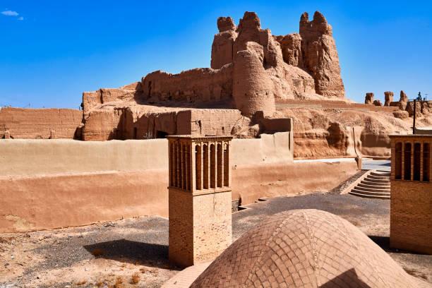 Narenj Ghalesh castle ruins, Nain, Iran:スマホ壁紙(壁紙.com)