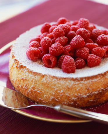 Raspberry「Lemon curd cake with fresh rasberries」:スマホ壁紙(2)