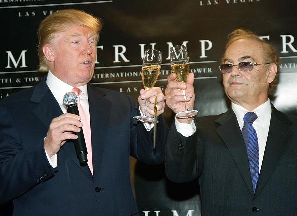 Celebratory Toast「Trump International Hotel & Tower Las Vegas - Opening Ceremony」:写真・画像(11)[壁紙.com]