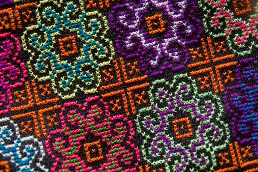Cross-Stitch「embroidered floral pattern」:スマホ壁紙(7)