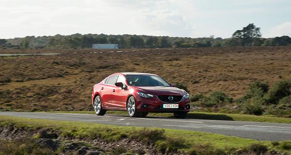 Country Road「2013 Mazda 6 2」:写真・画像(5)[壁紙.com]