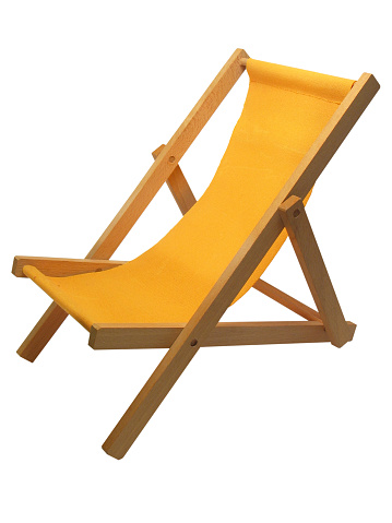 Foldable「Yellow beach chair isolated on white」:スマホ壁紙(5)