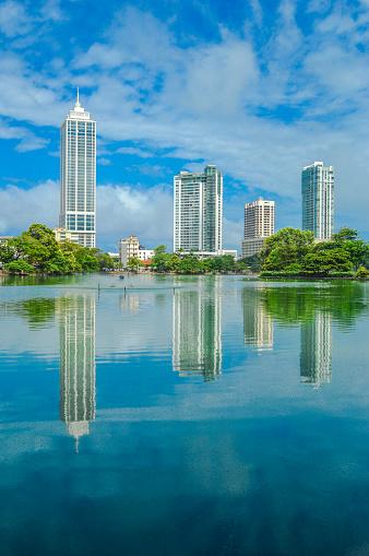雲「Colombo skyline Beira Lake」:スマホ壁紙(3)