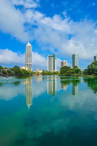 雲「Colombo skyline Beira Lake」:スマホ壁紙(5)