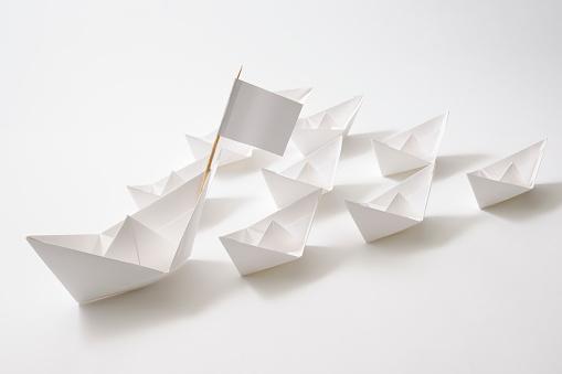 Ship「絶縁ショットのリーダー船の部隊に白背景」:スマホ壁紙(5)