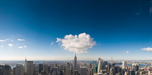 Avenue「New York spires sky stratosphere」:スマホ壁紙(1)
