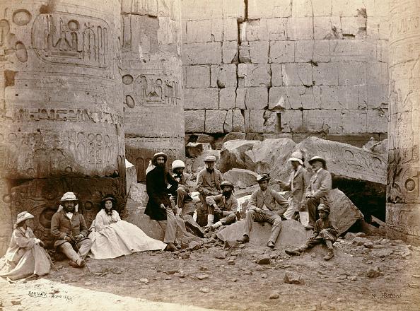 Archaeology「Group Photograph In The Hall Of Columns Karnak Egypt 1862」:写真・画像(17)[壁紙.com]