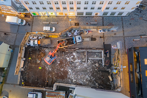 Crane - Construction Machinery「Aerial - Construction site, Reykjavik, Iceland」:スマホ壁紙(8)