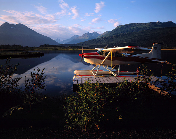 Long Exposure「Mooring seaplane at evening - lake (near the village of Valdez) - state of Alaska - usa」:写真・画像(18)[壁紙.com]