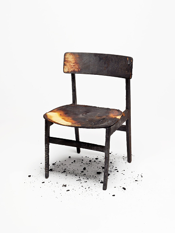 Deterioration「Burnt Wooden Chair」:スマホ壁紙(8)