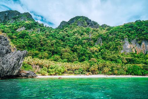 Cruise - Vacation「Scenic tropical beach, El Nido Palawan Philippines」:スマホ壁紙(3)