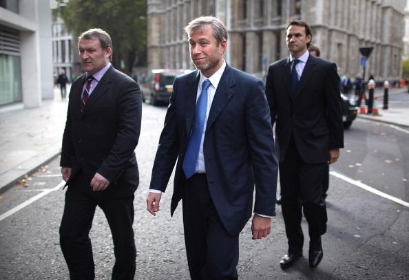 Security「Roman Abramovitch Takes The Stand As Boris Berezovsky Sues Him For Billions」:写真・画像(11)[壁紙.com]