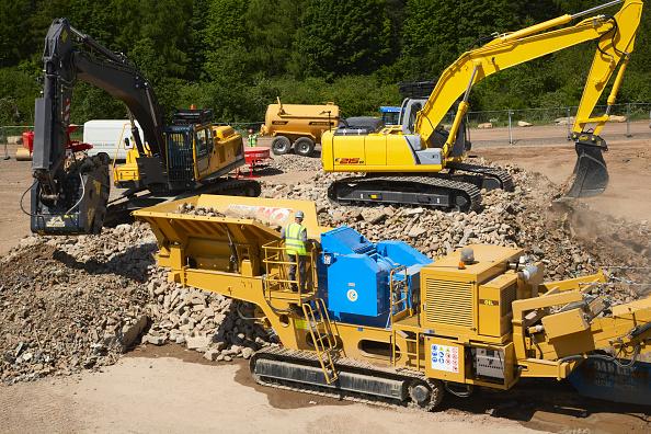 Construction Equipment「Sorting Aggregates, UK」:写真・画像(3)[壁紙.com]