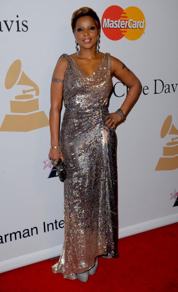 Champagne Colored「52nd Annual GRAMMY Awards - Salute To Icons Honoring Doug Morris - Arrivals」:写真・画像(1)[壁紙.com]