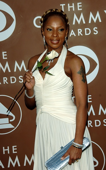 Sweeping「48th Annual Grammy Awards - Arrivals」:写真・画像(15)[壁紙.com]