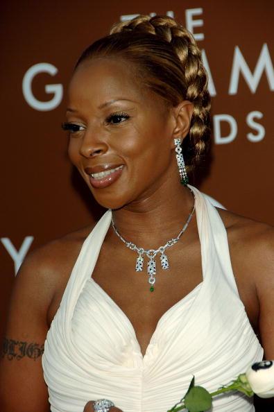 Sweeping「48th Annual Grammy Awards - Arrivals」:写真・画像(7)[壁紙.com]