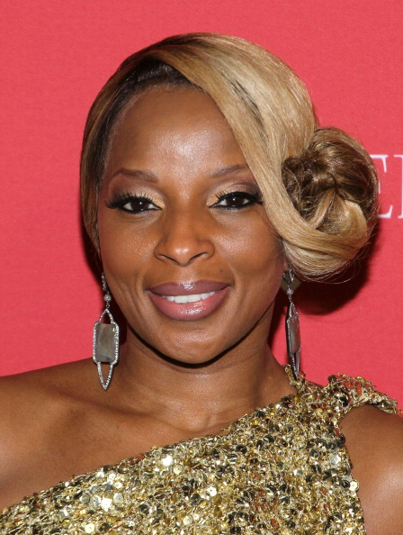 Eyeshadow「(Belvedere) RED Pre-Grammys Party With Mary J Blige - Arrivals」:写真・画像(4)[壁紙.com]
