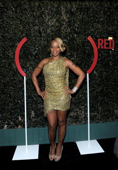 アシンメトリー服「(Belvedere) RED Pre-Grammys Party With Mary J Blige - Red Carpet」:写真・画像(16)[壁紙.com]