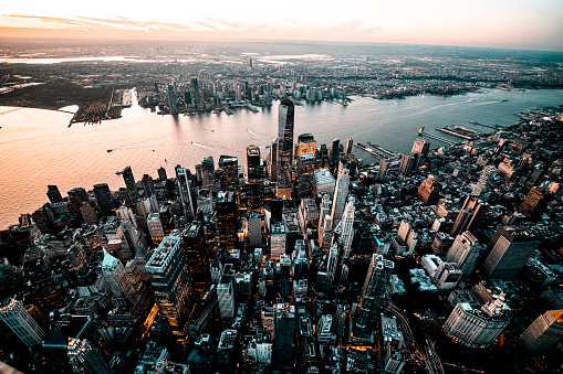 Hudson River Park「Golden hour capture of a Downtown Lower Manhattan skyline overlooking the Jersey City, taken from a helicopter」:スマホ壁紙(4)
