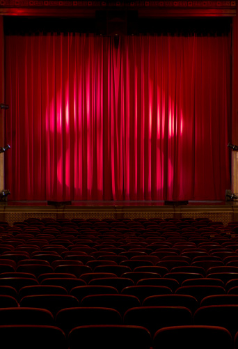 Curtain「Seats In a Darkened Theater with Red Velvet Curtains」:スマホ壁紙(7)