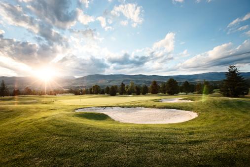 Sand Trap「Golf at sunset」:スマホ壁紙(0)