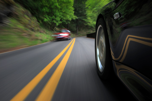 Dividing Line - Road Marking「Oncoming Traffic.」:スマホ壁紙(1)