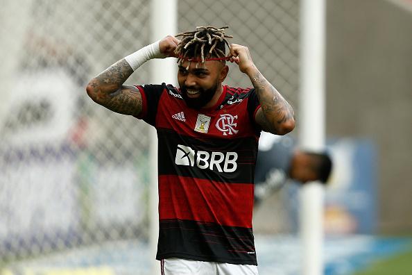 Incidental People「2020 Brasileirao Series A: Flamengo v Santos Play Behind Closed Doors Amidst the Coronavirus (COVID-19) Pandemic」:写真・画像(13)[壁紙.com]