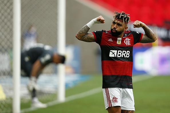 Incidental People「2020 Brasileirao Series A: Flamengo v Santos Play Behind Closed Doors Amidst the Coronavirus (COVID-19) Pandemic」:写真・画像(11)[壁紙.com]